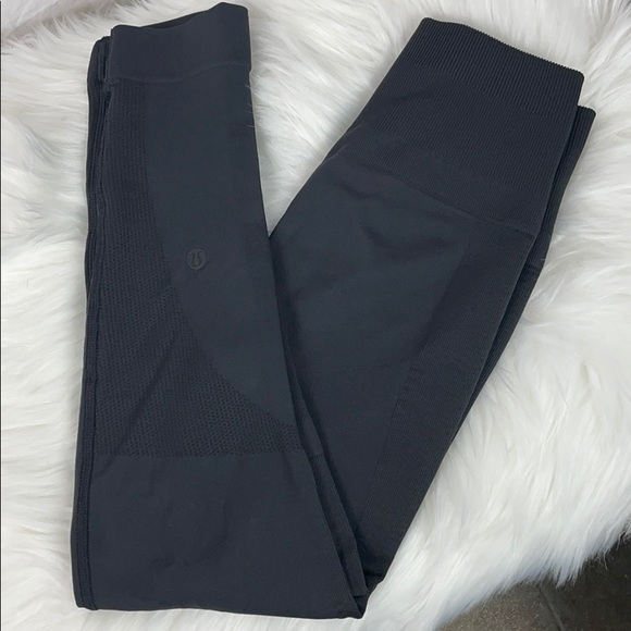 Lululemon Compression Yoga Tight